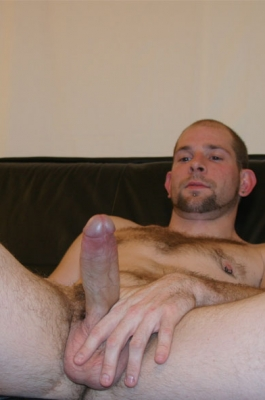 Male masturbation to porn